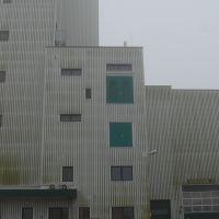 01-industriefassade-reinigen-fassade-36m-arbeitshöhe-stavenhagen-basepohl-fassadenreinigung-rostock