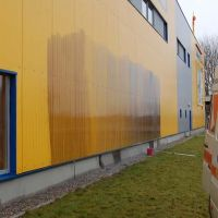 03-fassade-fachgerecht-reinigen-rostock-graffitientfernung-industriefassade-reinigen