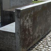 04-Gedenkstaette-Rostock-gereinigt.