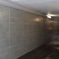 12-fassade-reinigen-bahnhof-graffiti-entfernung-hochdrucktechnik-komarek
