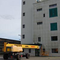 07-industriefassade-algen-mossbefall-entfernen-rostock-basepohl