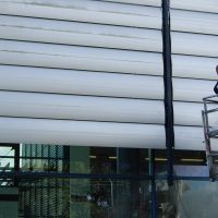 Fassadenreinigung-Rostock-Schwimmhalle-Gehlsdorf-Wiro-GmbH2
