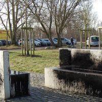 07-Gedenkstaette-Rostock-gereinigt.