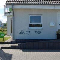 02-real-graffitientfernung-rostock-fassade-abwaschen-graffiti-beseitigung-rostock-hausfassade